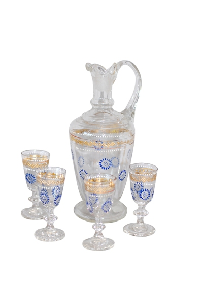 03 Liqouer Pitcher 4 glasses